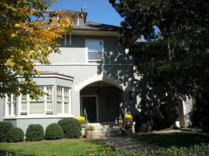 1289 Cherokee Rd sold 5/17/10 for $1,300,000