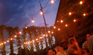 Outdoor Dining at Holy Grale